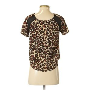 Timing Animal Print Top Size Small Short Sleeve